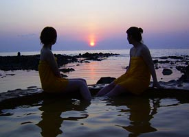 黄金崎不老ふ死温泉の夕陽